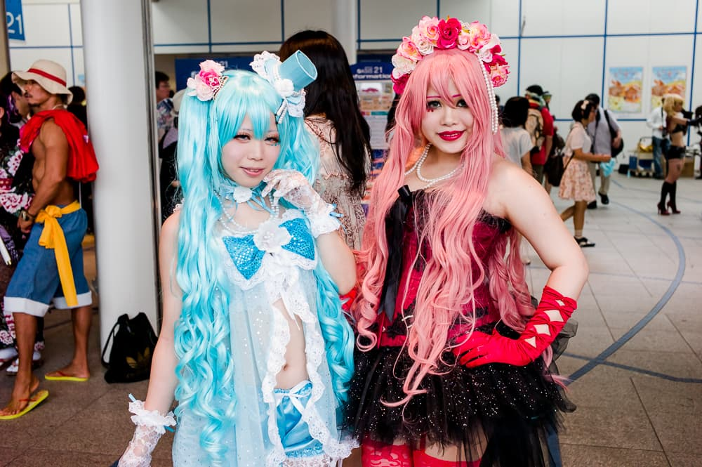 Miku and Luka (Vocaloids)